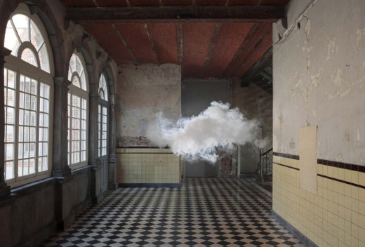 Berndnaut-Smilde-Nimbus-DAsperemont-2012-Cloud-in-room-Lambda-print-on-Dibond-75-x-110-cm-125-x-184-cm-Castle-of-D'Aspremont-Lynden-Rekem-BE1-520x352