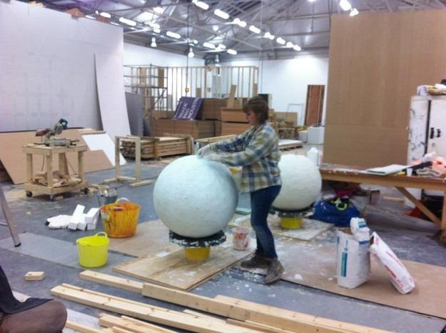Making Fibreglass Balls 2